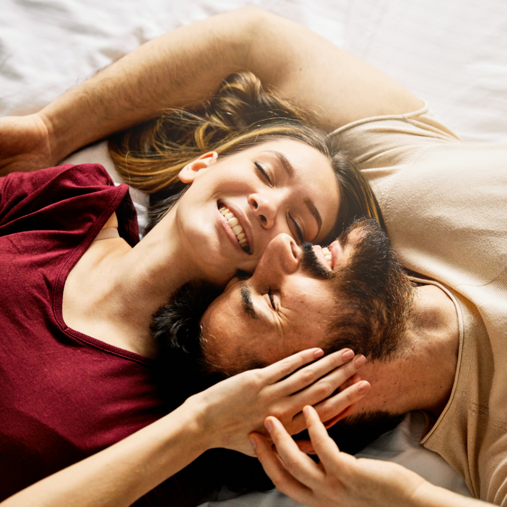 couple smiling happy relationship